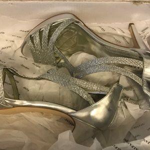 $89 Alfani tracy silver 6.5 heel